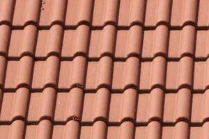 Nájdite si pokrývačov na strešné krytiny, s ktorými vám vaša strecha vydrží niekoľko rokov!