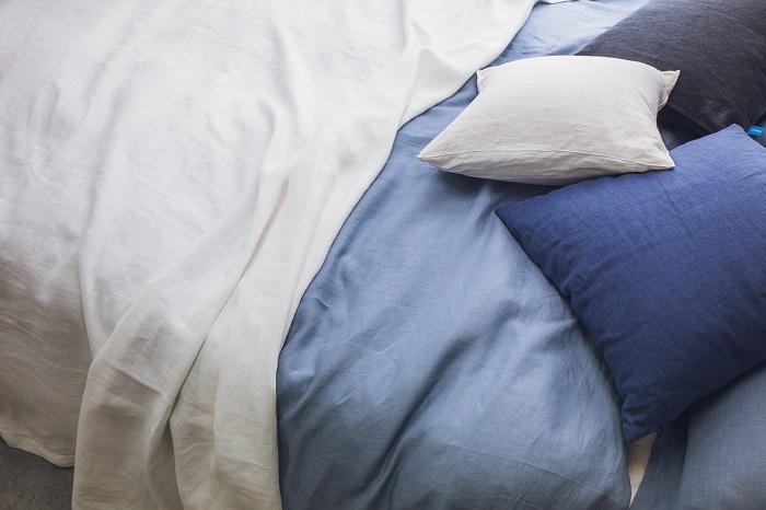 Sklápacie postele pre jednu aj dve osoby